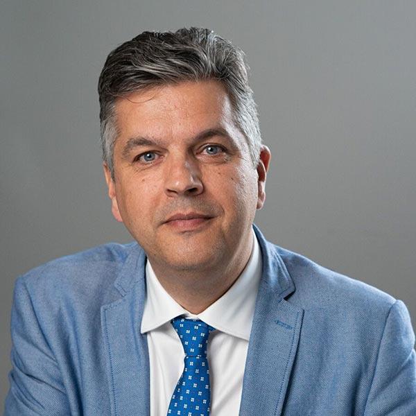 Mr Ronald van Heerwaarden