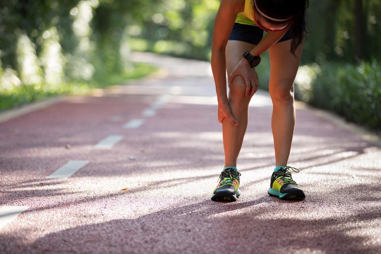 runner with knee dislocation